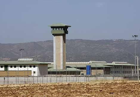 17 organizaciones pedimos a Interior una orden para que no multen a quienes van a visitar a sus familiares en prisión