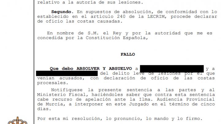 Absueltos los acusados de agredir a un seguidor del Recreativo de Huelva en Cartagena